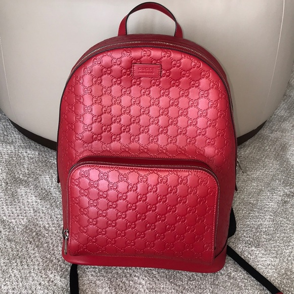 2ac3ef0059b Gucci Other - ♢ NWOT Gucci Signature Leather Backpack ♢️